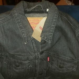 Levi's lined denim jacket Mens  size SMALL